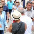 La première dame Brigitte Macron (Trogneux) et sa fille Tiphaine Auzière vont voter à la mairie du Touquet pour le second tour des législatives, au Touquet le 18 juin 2017. © Sébastien Valiela-Dominique Jacovides/Bestimage #