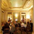 """Exclusif - Illustration - La douzième édition du déjeuner """"Pères & Filles"""" au Café de la Paix à Paris. Le 16 juin 2017 © Julio Piatti / Bestimage"""