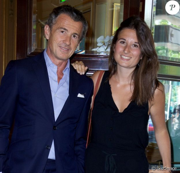 """Exclusif - François Sarkozy et sa fille Katinka - La douzième édition du déjeuner """"Pères & Filles"""" au Café de la Paix à Paris. Le 16 juin 2017 © Julio Piatti / Bestimage"""