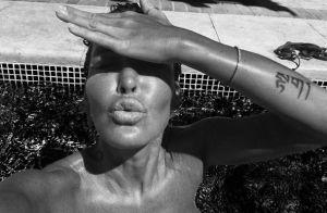 Ophélie Winter, coup de chaud dans la piscine :