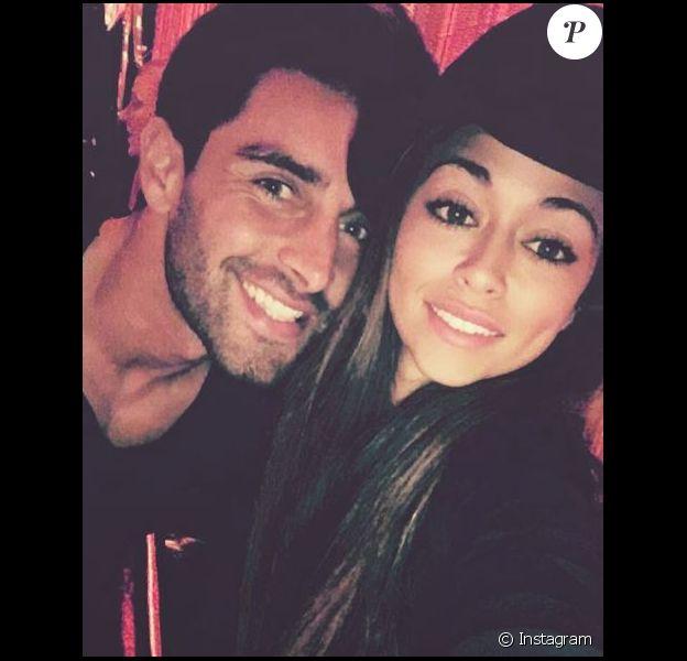 Jessica Errero, surnommée Jessy, est en couple avec Valentin Léonard, rencontré lors du tournage des Marseillais South America.