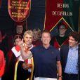 """Arnold Schwarzenegger et sa chérie Heather Millligan sont cette année les invités exceptionnels de la seconde édition de"""" Libourne fête le vin"""". À cette occasion l'acteur, passionné de vins Français a été intronisé par la commanderie des vins de Bordeaux et nommé grand maitre et ambassadeur des célèbres vins Bordelais. Le 25 Juin 2017 à Libourne."""