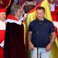 """Arnold Schwarzenegger à la seconde édition de"""" Libourne fête le vin"""". À cette occasion l'acteur, passionné de vins Français a été intronisé par la commanderie des vins de Bordeaux et nommé grand maitre et ambassadeur des célèbres vins Bordelais. Le 25 Juin 2017 à Libourne."""