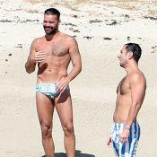 """Ricky Martin : """"Je me suis retrouvé nu au lit devant 20 personnes"""""""
