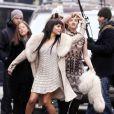 Zoë Kravitz et Olivia Thirlby lancées dans un tour de danse dans les rues de New York. C'est l'effet Annie Leibovitz...