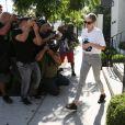 Kristen Stewart, Stella Maxwell et leur ami CJ Romero ont déjeuné au restaurant Gracias Madre à Los Angeles, le 28 juin 2017.