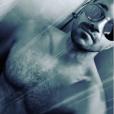 Phil Storm, petit ami de Loana, sous la douche le 29 juin 2017.