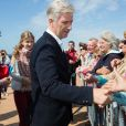 Le roi Philippe et la reine Mathilde de Belgique ainsi que leurs quatre enfants la Princesse Elisabeth, le Prince Gabriel, le Prince Emmanuel et la Princesse Eléonore ont assisté et même participé à des exercices de sauvetage sur la plage de Middelkerke, le 1er juillet 2017.