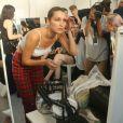 Exclusif - Bella Hadid en backstage du défilé de mode Alexandre Vauthier lors de la fashion week Haute Couture Automne/Hiver 2017/2018 au Grand Palais à Paris, le 4 juillet 2017. © CVS/Veeren/Bestimage
