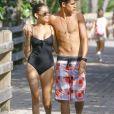 Madison Beer et son petit ami Jack Gilinsky profitent d'une belle journée ensoleillée à la plage à Miami, le 31 décembre 2015