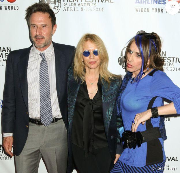 """David Arquette, Rosanna Arquette et Alexis Arquette lors de l'ouverture du festival du film indien 2014 avec la projection du film """"Sold"""" aux ArcLight Cinemas à Hollywood, le 8 avril 2014."""