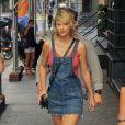 Taylor Swift sort de son appartement pour revenir quelques minutes après à New York City, New York, Etats-Unis, le 8 août 2016