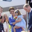 Arrivée du prince William et de Kate Middleton avec leurs enfants George et Charlotte de Cambridge à l'aéroport de Berlin-Tegel en Allemagne le 19 juillet 2017 lors de leur visite officielle.