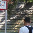 """Exclusif - Megan Fox et son mari Brian Austin Green sont allés déjeuner au restaurant mexicain """"Los Arroyos Montecito"""" avec leurs enfants Noah Shannon, Bodhi Ransom et Journey River, le 9 juillet 2017 à Santa Barbara"""