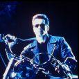 """Arnold Schwarzenegger dans le film """"Terminator 2 : Le Jugement dernier"""" en 1992"""