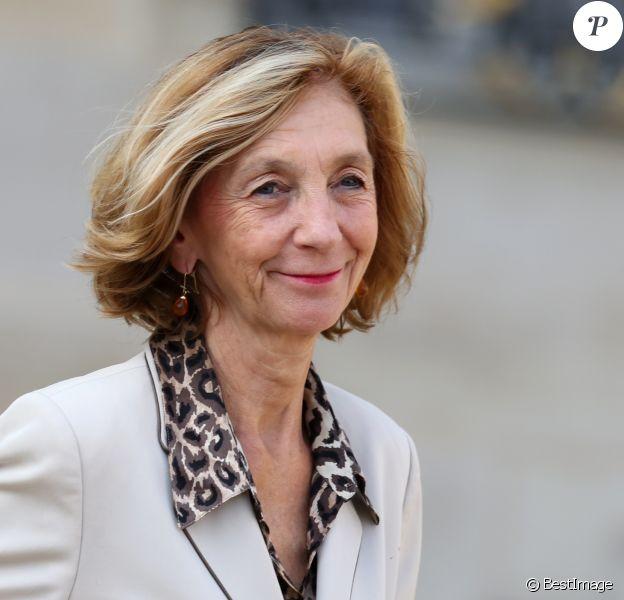 Nicole Bricq - Sortie du conseil des Ministres au Palais de l'Elysée à Paris le 2 octobre 2013