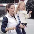Violet Affleck dans les bras de sa mère Jennifer Garner