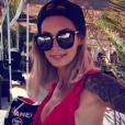 """""""Emilie Nef Naf en maillot très échancré sur Instagram, le jeudi 6 juillet 2017."""""""