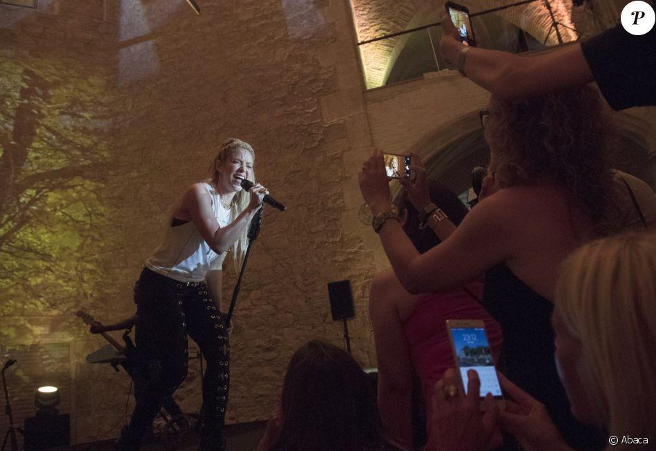 """Shakira à la soirée de présentation de son album """"El Dorado"""" à Barcelone. Le 8 juin 2017."""