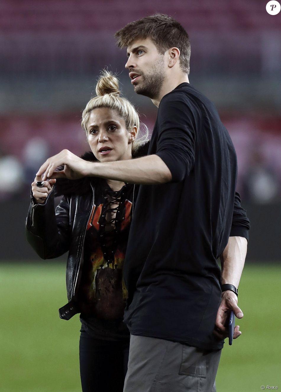 Shakira et Gerard Pique au Camp Nou. Barcelone, le 8 mars 2017.