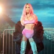 Kim Kardashian : Après Cher, elle se transforme en Pamela Anderson et Lil' Kim