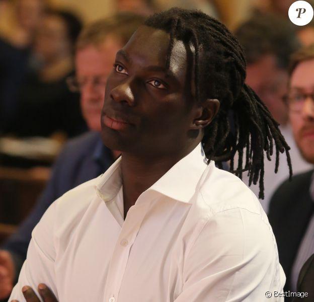 """Exclusif - Bafétimbi Gomis - Conférence de presse pour le lancement de la campagne cestvrai par l'UNFP (Tous Unis Pour Un Football Plus Juste) à Sciences Po à Paris le 22 mai 2017. Pour accompagner le lancement de son nouveau projet politique, axé sur la volonté de positionner le footballeur au coeur de la société, l'UNFP a dévoilé la campagne """"c'est vrai"""", un film dont l'objet est de valoriser l'engagement personnel des footballeurs professionnels au profit d'une association, d'une cause ou d'un projet. © CVS/Bestimage"""