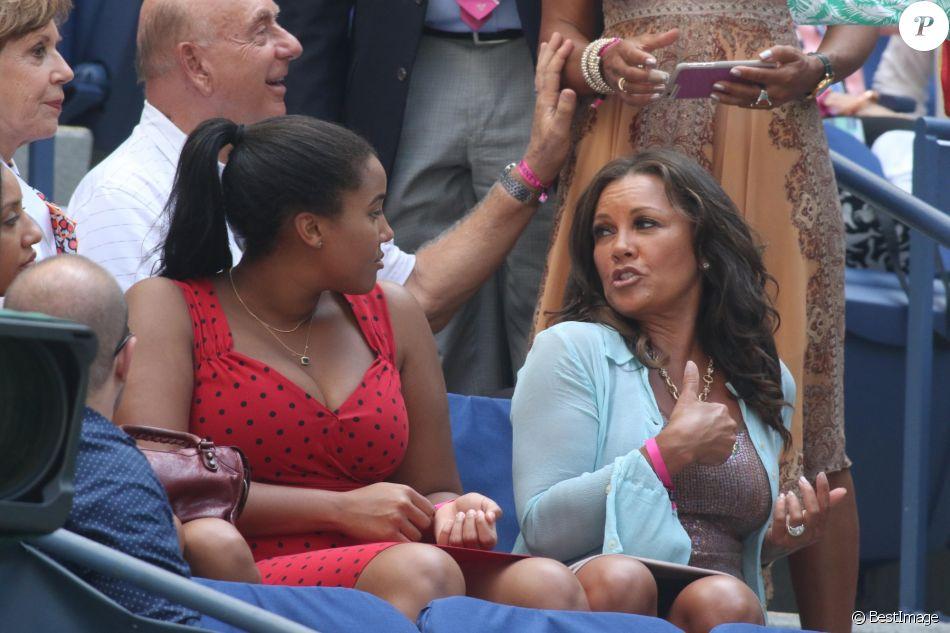 Vanessa Williams et sa fille Sasha lors de l'US Open 2017 au stade Arthur-Ashe à l'USTA Billie Jean King National Tennis Center dans le quartier de Flushing à New York, le 4 septembre 2017.