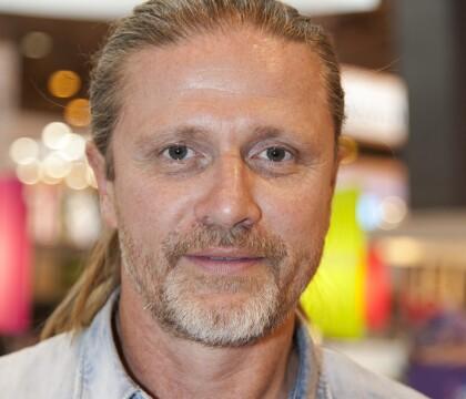 """Emmanuel Petit : """"Réduit à un objet sexuel"""" après la Coupe du monde 98"""