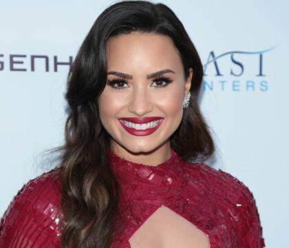 Demi Lovato en couple avec une femme ? La star très proche d'une jolie DJ...