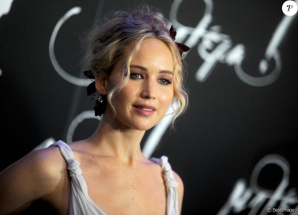 """Jennifer Lawrence à la première de """"Mother"""" à New York le 13 septembre 2017."""