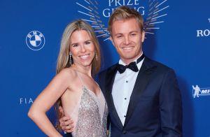 Nico Rosberg papa pour la 2e fois : Sur un nuage, le champion présente son bébé