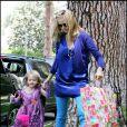 Heidi Klum adore déguiser Leni. Une future princesse des podiums ? 05/05/08