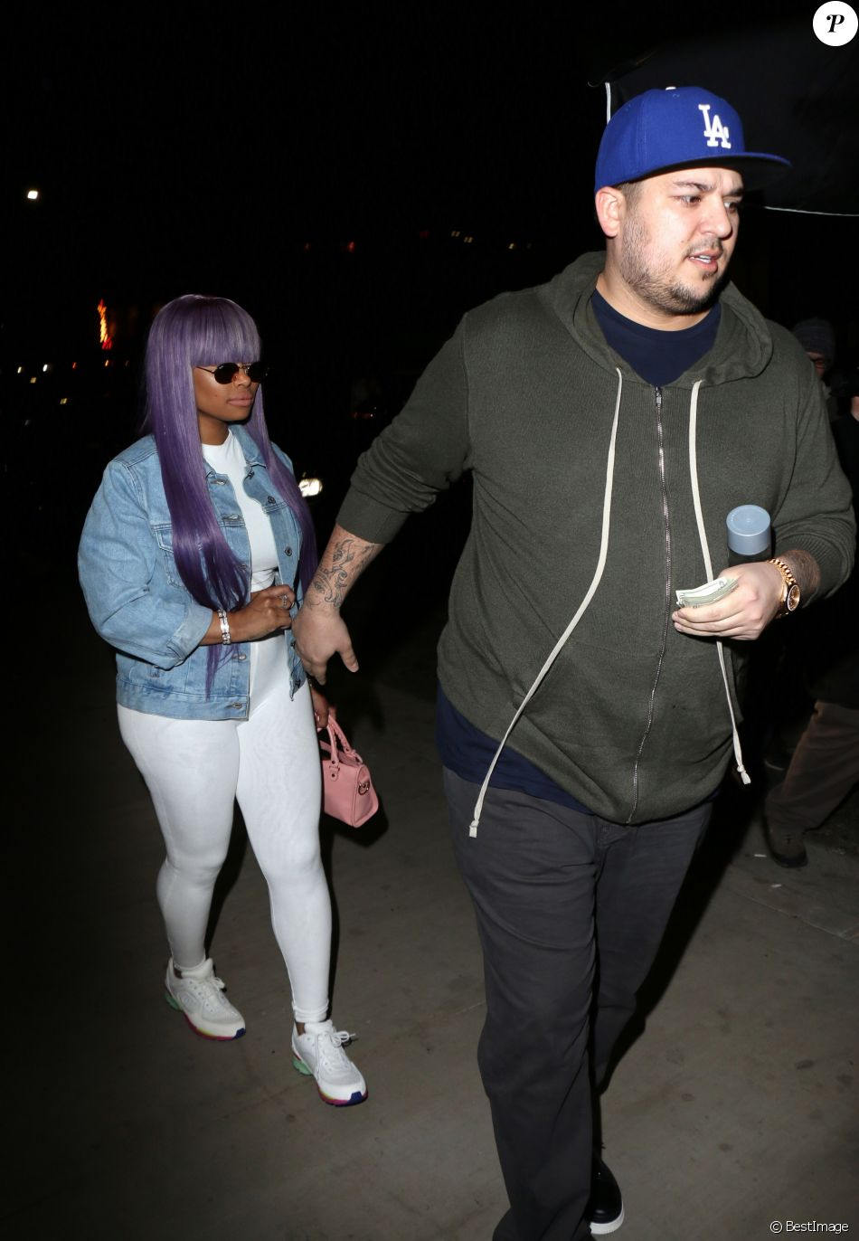 05025c016b8d9 Blac Chyna et Rob Kardashian quittent ensemble le Tao Restaurant le 19  avril 2017 à Los