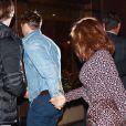 Ryan Gosling et sa compagne Eva Mendes arrivent au Tao à New York le 30 septembre 2017.