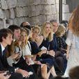 Natalia Vodianova, Antoine Arnault, Jennifer Connelly, Catherine Deneuve, Delphine Arnault et Bernard Arnault - Défilé Louis Vuitton, collection printemps-été 2018 à la Pyramide du Louvre. Paris, le 3 octobre 2017.