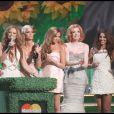 Les jolies Grils Aloud, folles de joie de figurer au palmarès de ces Brit Awards 2009 !