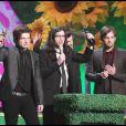 Les Kings of Leon ont raflé deux prix : Meilleur Groupe International et Meilleur Album International ! Du très lourd !