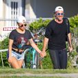 Exclusif - Lady Gaga et son compagnon Christian Carino dans les Hamptons, le 20 juin 2017.