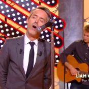 Yann Barthès : Liam Gallagher absent, il se la joue rock star sur scène !