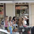 Chloé Mortaud, Sophie Tellier et Anne-Sophie Rivette, des miss en plein shopping de luxe à Saint Barth !