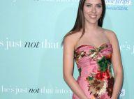Style casual ou glamour, Scarlett Johansson est une femme sexy... qui assume tout !