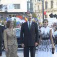 Le roi Felipe VI et la reine Letizia d'Espagne ont assisté, le 20 octobre 2017 au Théâtre Campoamor à Oviedo et en compagnie de la reine Sofia, à la cérémonie de remise des Prix Princesse des Asturies.