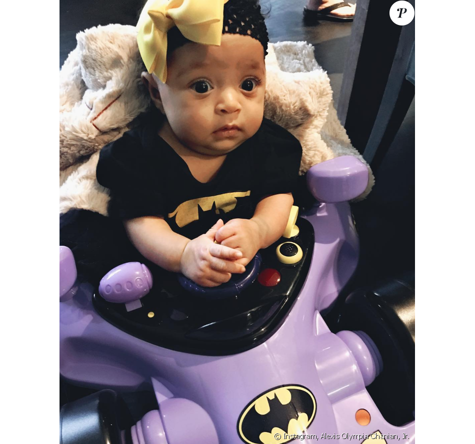 La fille de Serena Williams déguisée en Bat Girl pour Halloween, le 31 octobre 2017.