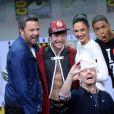 Ben Affleck, Ezra Miller, Gal Gadot, Ray Fisher, Jason Momoa, Chris Hardwick à la soirée 'Justice Leaguel' du Comic Con 2017 au Hilton Bayfront à San Diego, le 22 juillet 2017