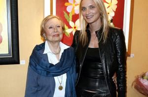 La ravissante Sarah Marshall, sur les traces de sa grand'mère Michèle Morgan... fait ses premiers pas au théâtre !