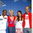 "Sam Jones, Allison Mack, Kristin Kreuk et Michael Rosenbaum de la série ""Smallville"" aux Teen Choice Awards 2002."