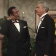 Earle Hyman, qui jouait le père de Bill Cosby dans le Cosby Show (comme dans cet épisode, Happy Anniversary), est mort le 17 novembre 2017 à l'âge de 91 ans.