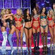 Josephine Skriver, Elsa Hosk, Alessandra Ambrosio, Adriana Lima, Candice Swanepoel, Romee Strijd, Jasmine Tookes, Taylor Hill - Défilé Victoria's Secret 2017 à Shanghai, le 20 novembre 2017.