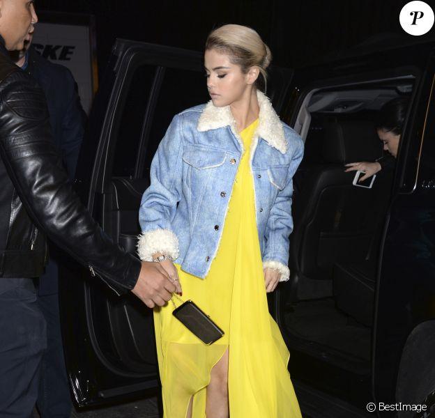 """Selena Gomez arrive au """"Lupus Reseach Gala"""" de la fondation Lupus Research Alliance à New York. Le 20 novembre 2017."""