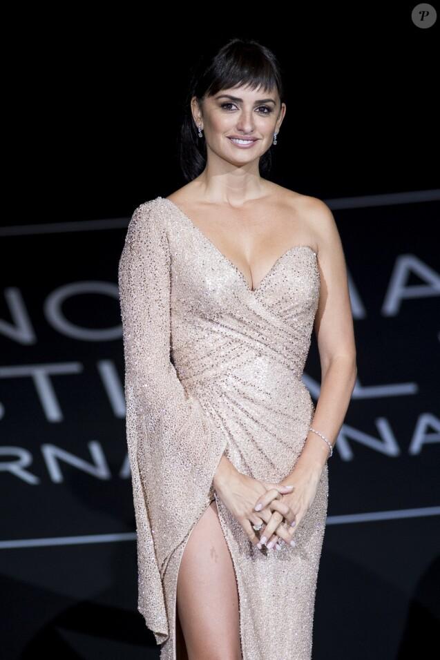 """Penelope Cruz - Avant-première du film """"Loving Pablo"""" lors du 65ème festival du film de San Sebastian, le 30 octobre 2017."""